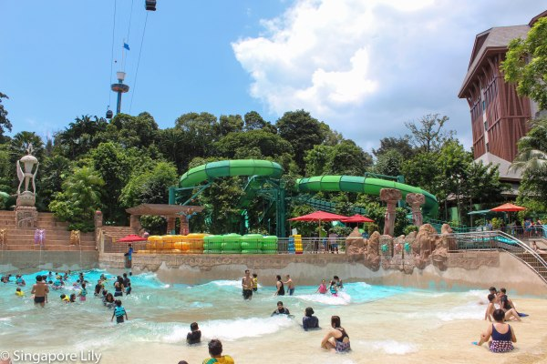 Adventure Cove Waterpark-1-21